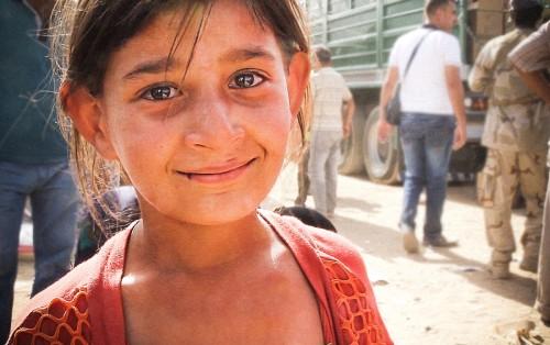 NIÑOS de IRAK, sonrisas y lágrimas